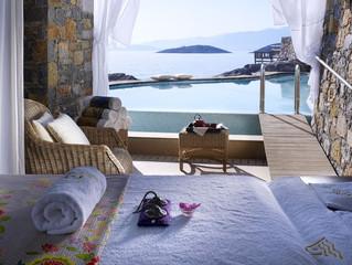 Свадебное путешествие по-гречески в отеле St. Nicolas Bay Resort Hotel & Villas