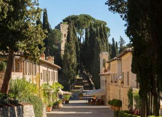 Отель Castiglion del Bosco в Тоскане обьявил о сотрудничестве со старейшей итальянской аптекой Offic