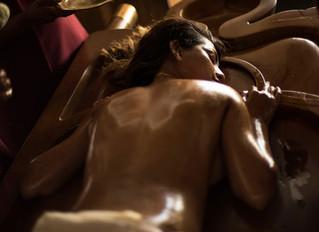 Чавитизируму – массаж стопами в индийском отеле-клинике Kalari Rasayana