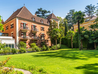 Новые апартаменты на крыше исторического замка от Palace Merano, Италия