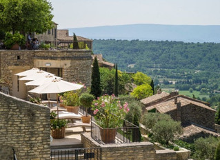 Открытие нового мишленовского ресторана Clover Gordes в отеле La Bastide de Gordes, Франция