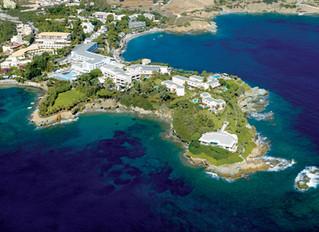 Out of the Blue Capsis Elite Resort приглашает отметить Песах (еврейскую Пасху) на берегу Эгейского