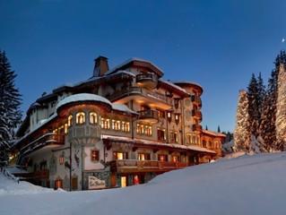 Снежный Куршевель ждёт: отель-палас Les Airelles готовится к открытию сезона!