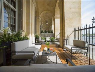 Новое место на карте Парижа: в Hôtel de Crillon открывается зимняя терраса в баре Les Ambassadeurs