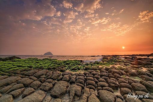 日出-豆腐岩.jpg
