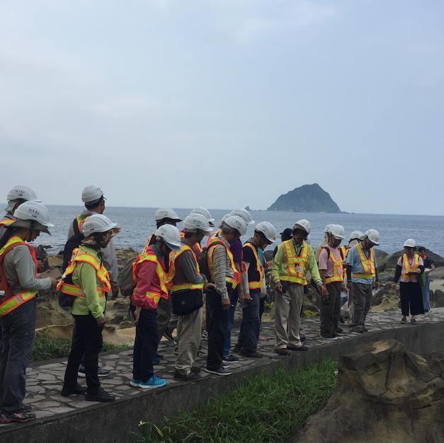 在地導覽員-訓練地方導覽員成為公園長期合作導覽員,增加工作機會