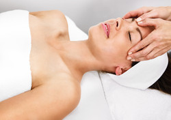 Ansigtsbehandling-Pure-Senses-13348