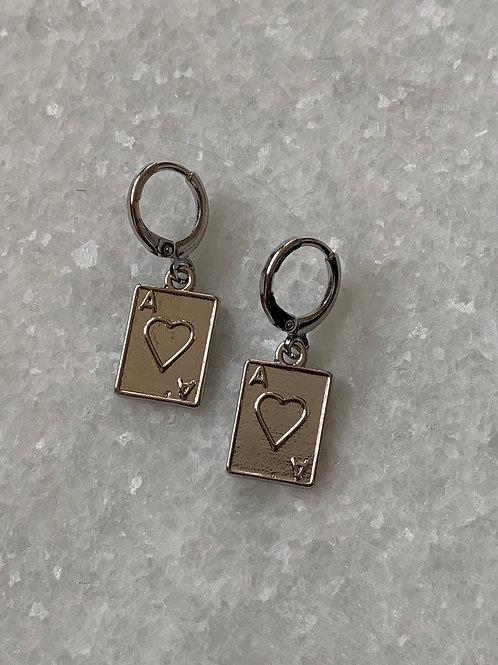 Pair of aces zilveren oorbellen