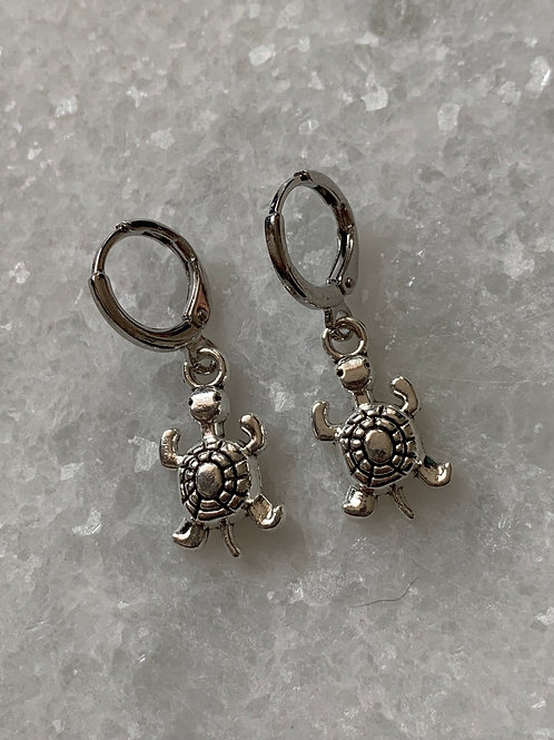 Zilveren schildpadjes oorbellen