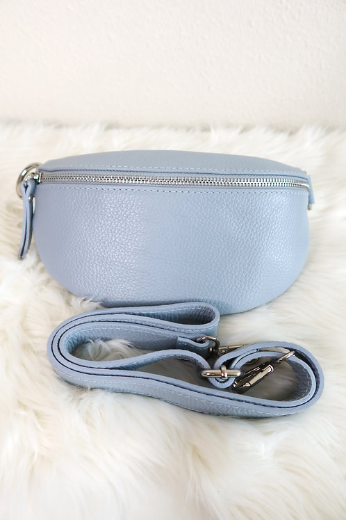 Classy fanny pack blue