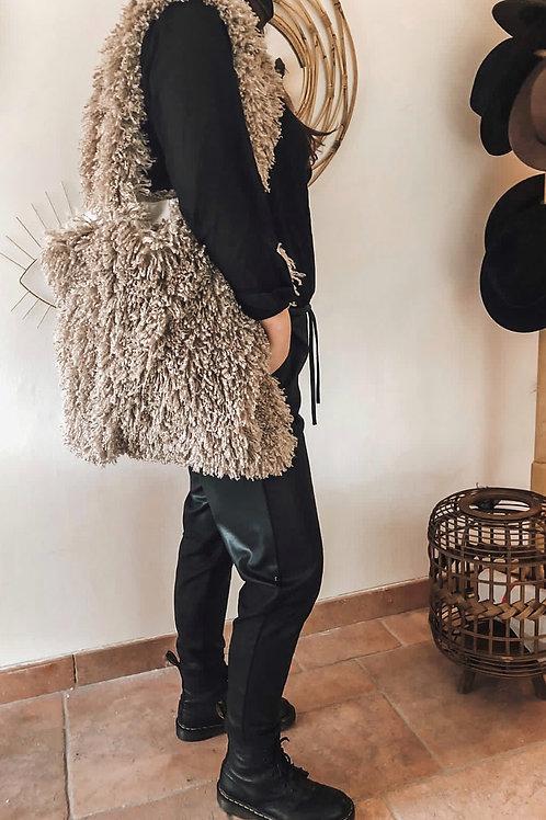 Furry bag beige