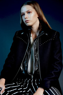Fotografie: Gail Meijer Visuals Styling i.s.m. Kathelijne Hilckmann Visagie: Maxine / Britt Model: via Division Model Management