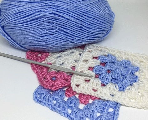 Crocheted Granny Squares with Handmade Workshop