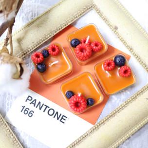 MIni Berries Candle.JPG