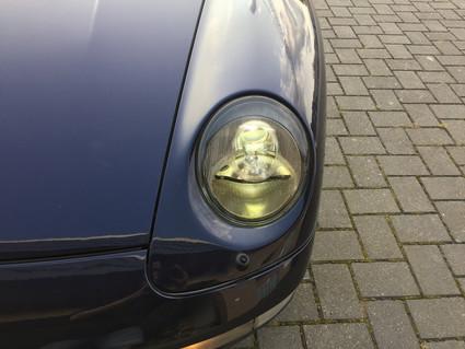 Porsche 993 fényszóró átalakítás bi-xenonra