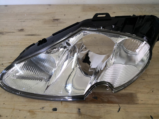 Jaguar XK8 fényszóró foncsorozás