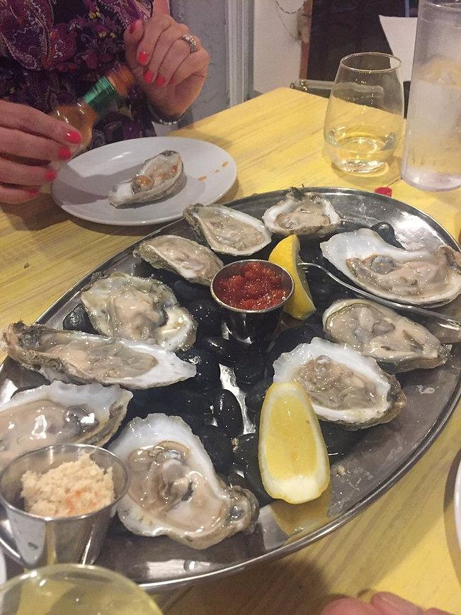oystershuck3.jpg