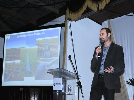 Tecnologia ajuda a economizar em até 40% uso da água na lavoura de arroz