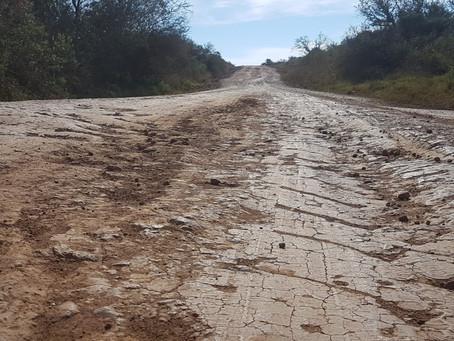 Estradas atingidas por enchentes ainda não tiveram reparos