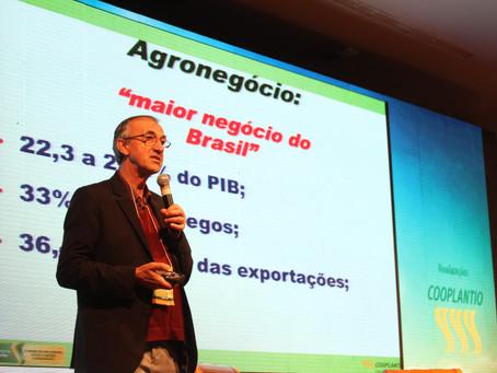 Lógica da produção de grãos depende de inovação e aplicação de tecnologias