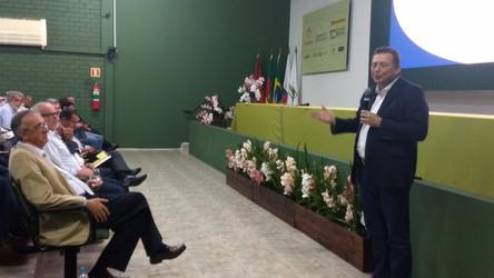 Futuro da produção e comercialização são debatidos no Fórum da Soja