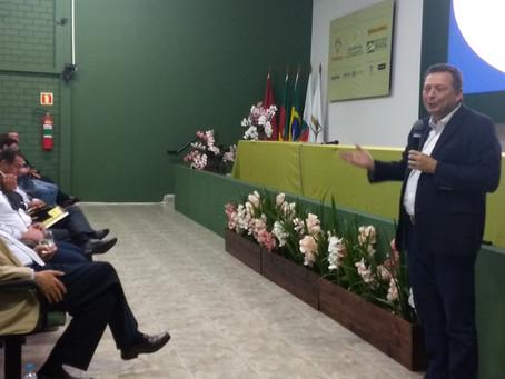 Futuro da produção e comercialização são debatidos no Fórum Nacional da Soja