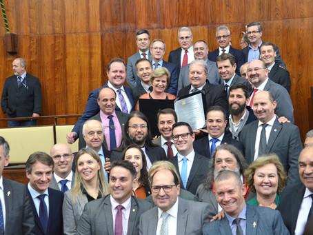 Cooperativismo prestigia homenagem à Expodireto Cotrijal