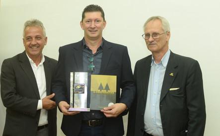 Líderes do cooperativismo gaúcho prestigiaram 50 anos da Cotrimaio