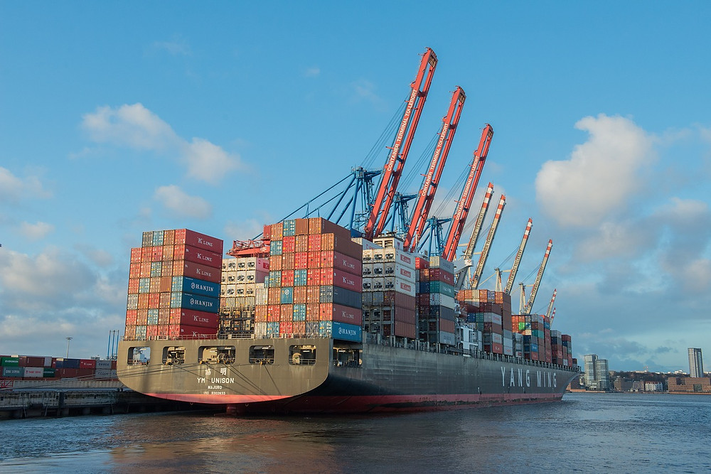container-ship-596083_1280.jpg