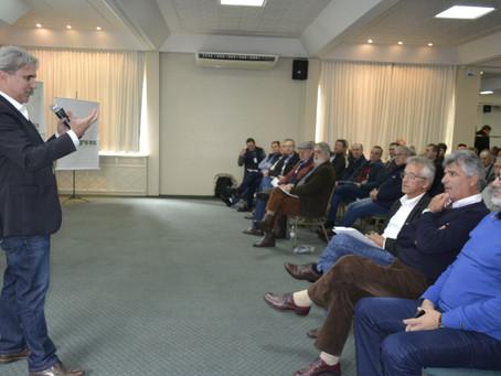 Painel discute tendências e cenários do mercado do agronegócio