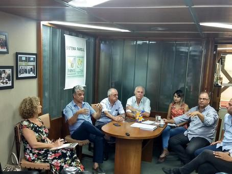 Entidades debatem programação e estrutura da Expoleite Fenasul