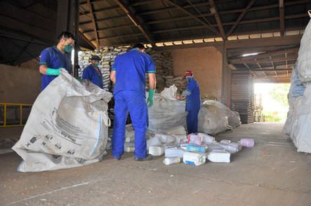 Coagrisol realiza recolhimento de embalagens de defensivos agrícolas