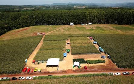 Languiru reúne produtores em evento direcionado a plantio e colheita de grãos