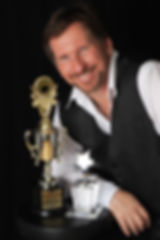 Magic classes taught by award-winning magician, Jeff Quinn.
