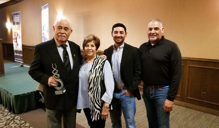 Robert Narvaiz and Family.jpg