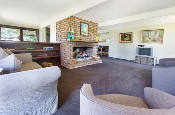 lounge and fireplace.png