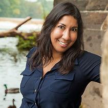 Anj Handa profile pic.jpg