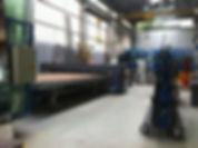Notre atelier de fabrication avec les doubles vitrages et les verres simples.