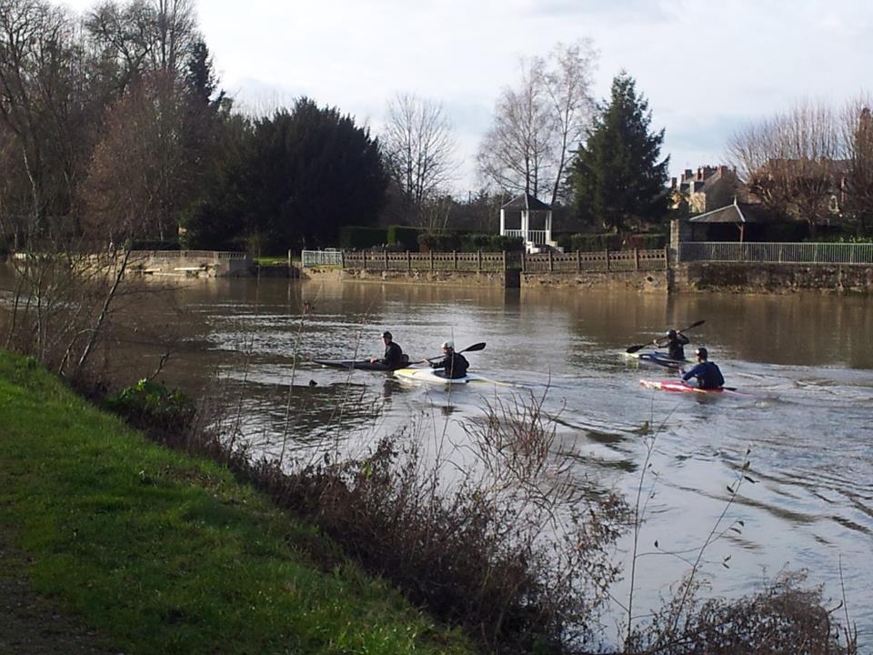 Equipe fléchoise de kayakiste