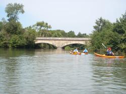 Pont_après_le_barrage_de_Vaas