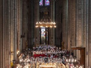 220 choristes et 2000 voix : cathédrale vivante