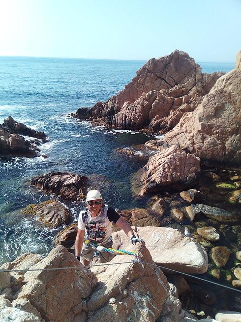 TonyPorfilio-SeaCliffClimb2.jpg