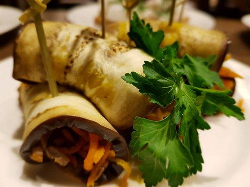 Рулеты из баклажан с грибами и морковью