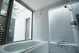 光あふれるお風呂