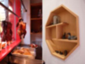 オリジナルバーと飾り棚