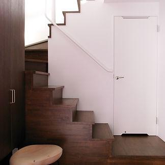 ローズウッドの階段
