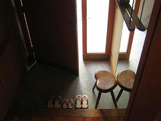 玄関ドア 内開き