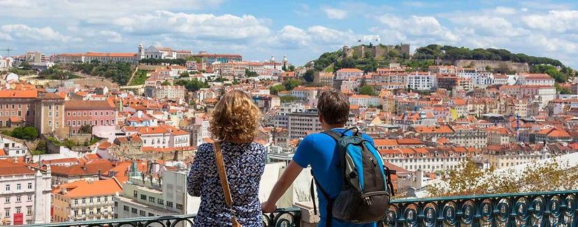 turistas-vista-lisboa.jpg