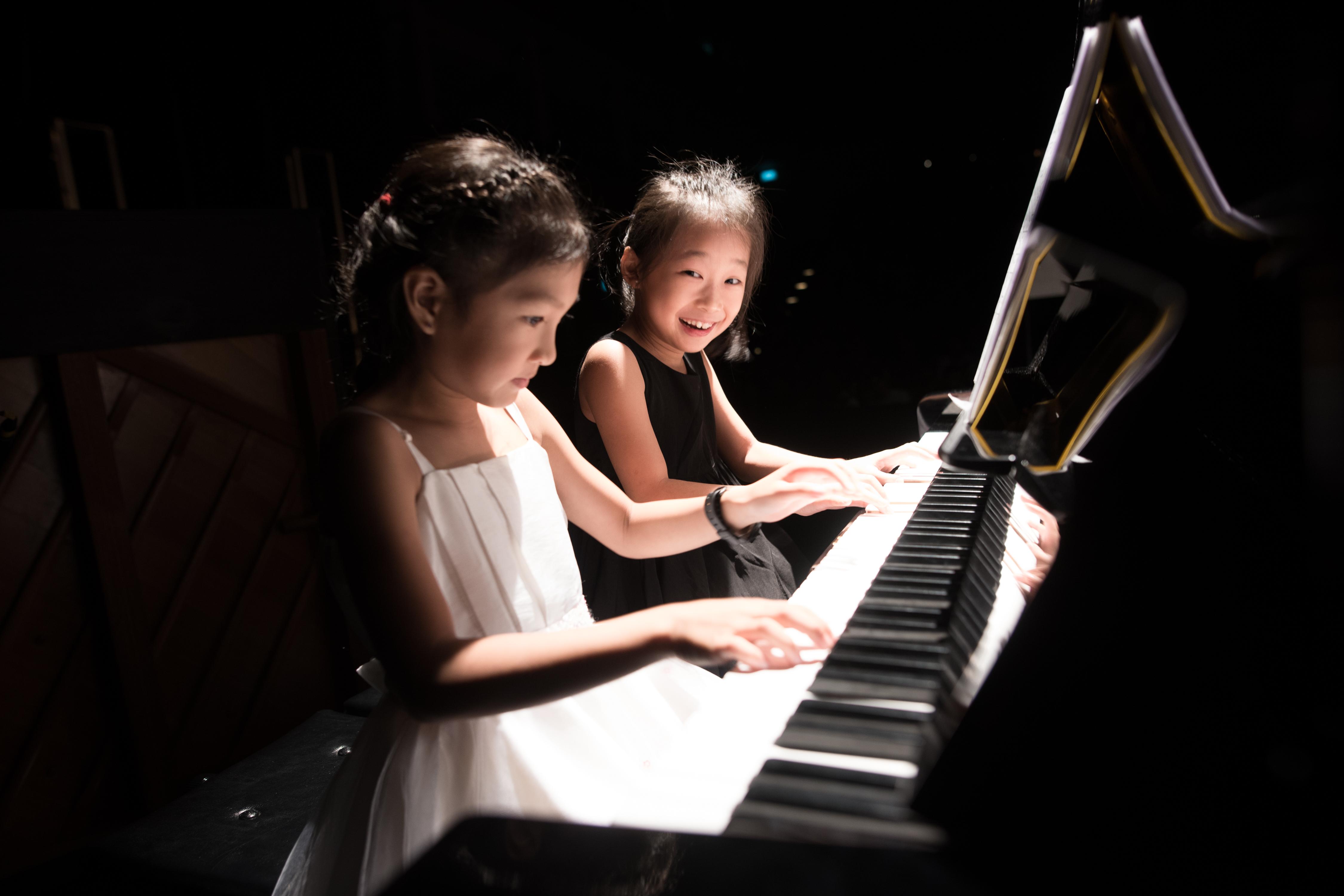Mac's Music School Concert-239