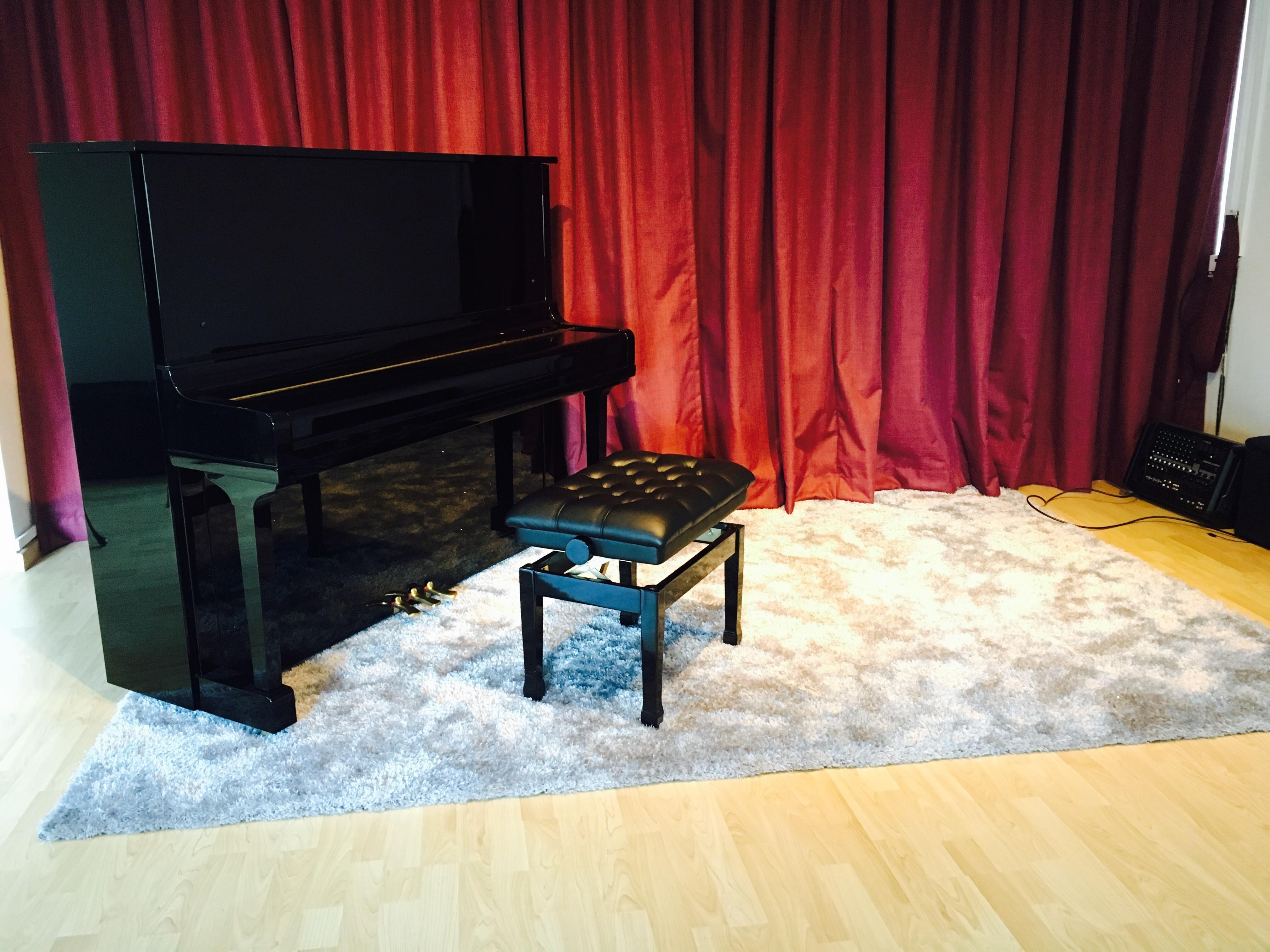 (EXAM STUDIO) Music Hall